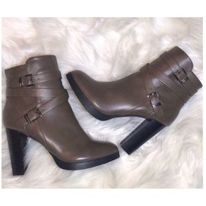 Forever 2- Brown Heeled Boots